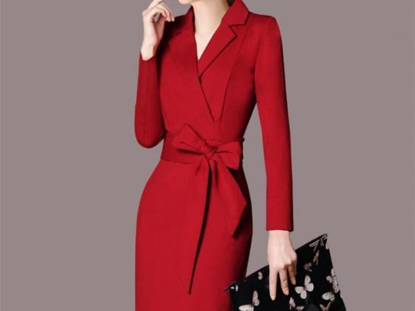 品牌女款大衣